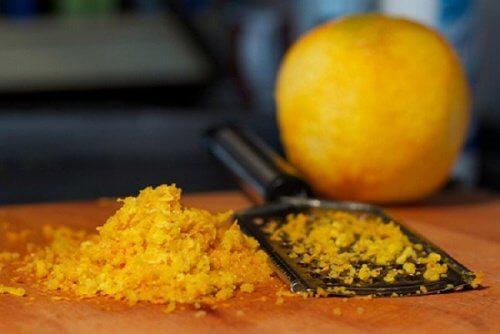 오렌지 껍질 각질 제거제