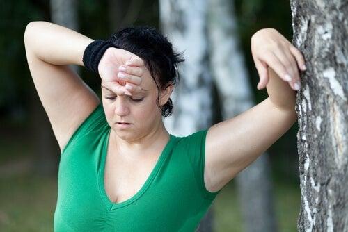 고강도 운동과 칼로리 소모의 상관 관계