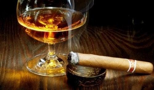 5. 전 술 안 마셔요, 전 담배 안 피워요