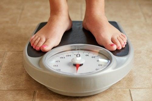 설명할 수 없는 체중 증가