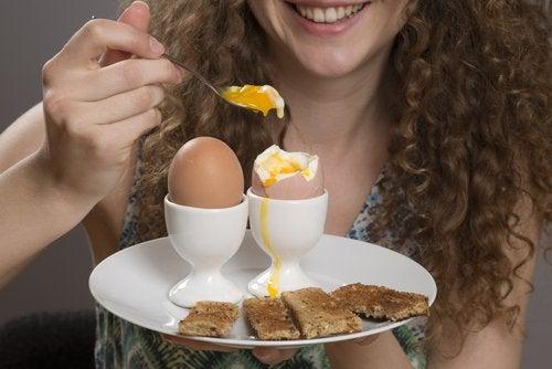 불면증을 물리치는 음식 달걀