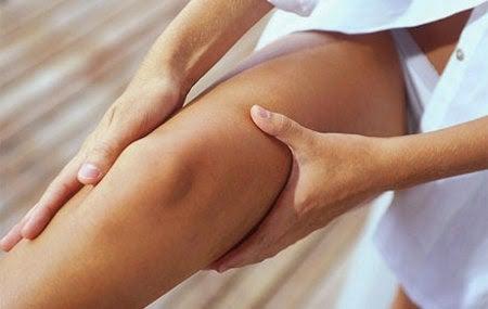 다리의 혈액순환을 개선하는 방법 마사지