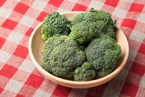 브로콜리가 건강에 좋은 6가지 이유