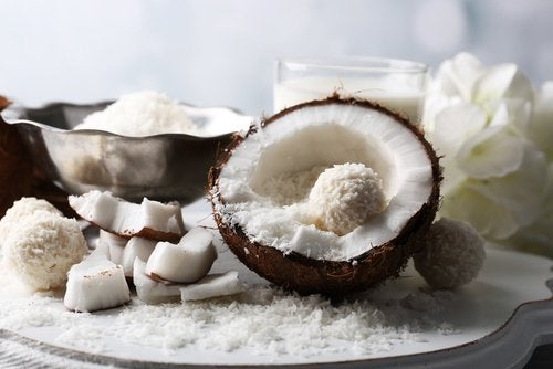 생식으로 코코넛