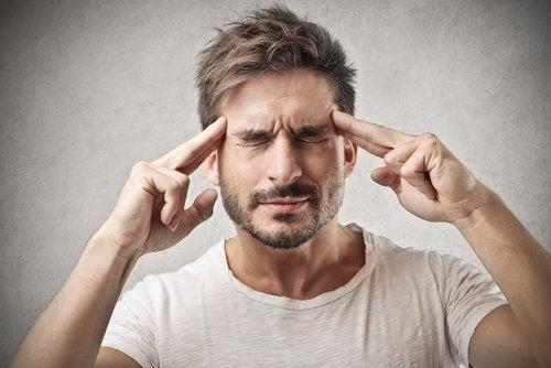 수면 부족으로 인해 나타나는 7가지 결과