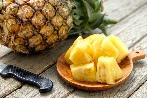 Intestinal flora pineapple drink