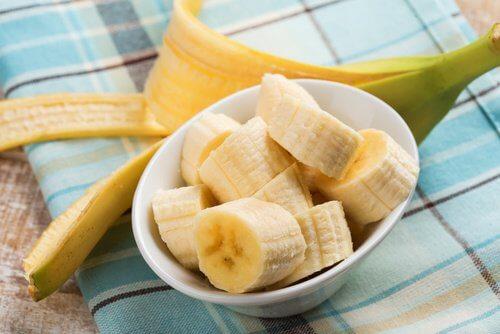 건강하게 살을 빼는 최고의 탄수화물 공급원 바나나