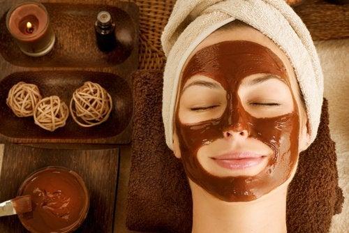 건성 피부를 위한 6가지 얼굴 팩