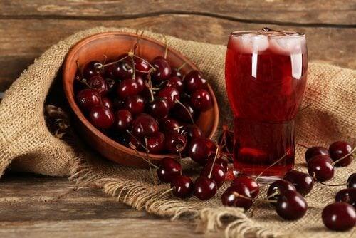 운동 후 섭취하면 훌륭한 4가지 음료