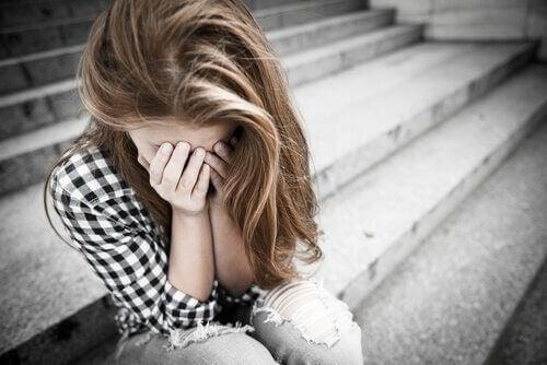 청소년기 학대 문제