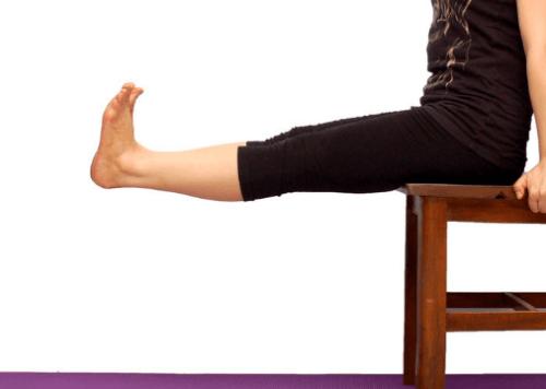무릎 통증 레그 익스텐션
