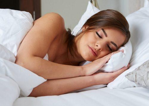 잠자기 전에 긴장을 푸는 9가지 방법