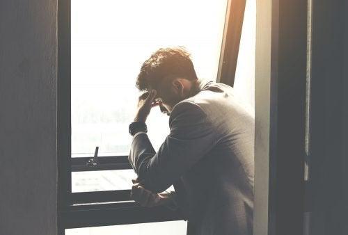 정서적 고통을 다루는 데 도움이 되는 5가지 팁
