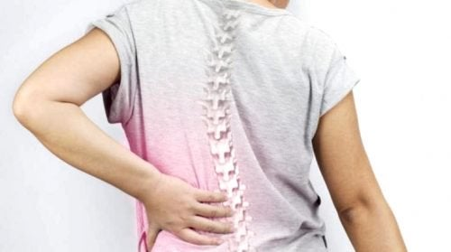 척추측만증은 여성들에게 아주 흔하게 나타난다