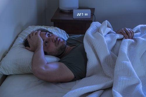 잠에 들지 못하는 남자