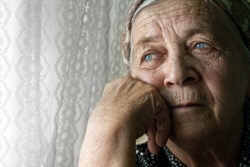 외로운 노인