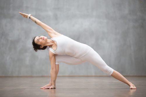 사이드 런지 팔 근육을 강화하는 3가지 운동