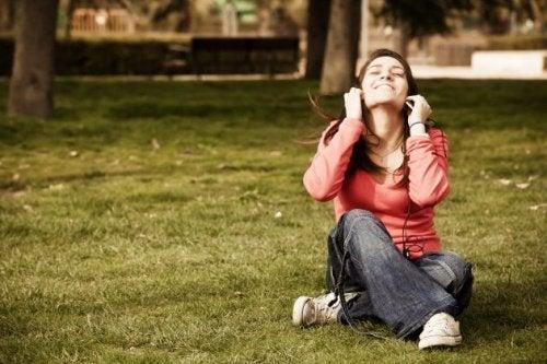 천연 항우울제의 역할을 한다