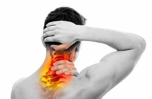 허리와 목 통증을 쉽게 치료하는 방법