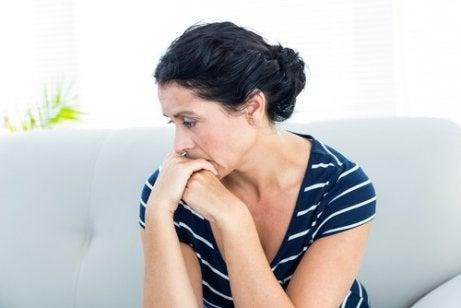 무시해서는 안 되는 다낭성 난소증후군의 증상 7가지