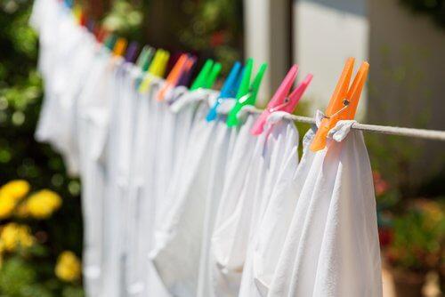 흰옷을 표백하는 8가지 비법