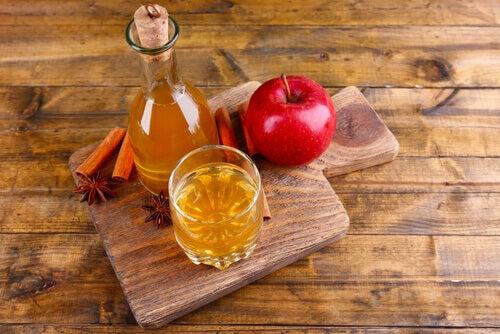 사과식초 질의 악취를 제거하기 위한 자연요법