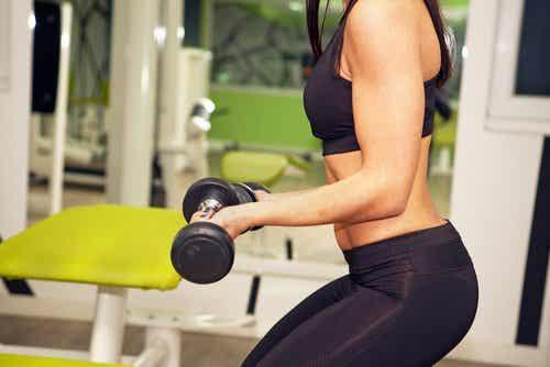 운동할 때 무엇이 더 중요할까? 무게 혹은 반복 횟수?