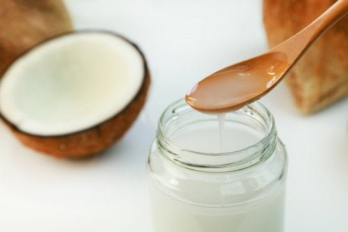코코넛 오일과 비타민 E