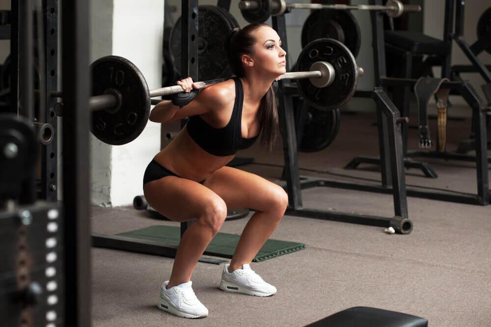 근육량을 늘리고 지방을 태우기 위한 빠른 비법