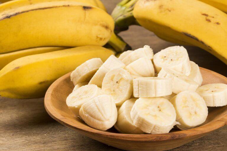 바나나 두 개를 식이섬유
