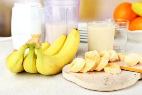 바나나 두 개를 숙성도