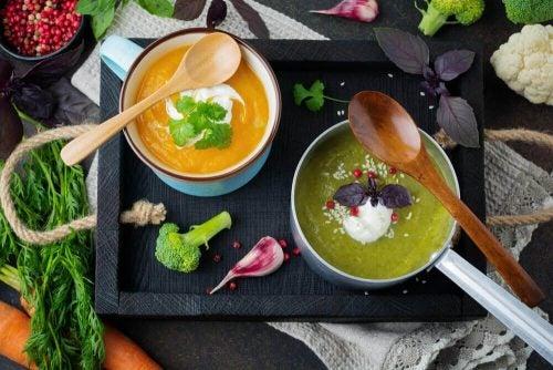 몸을 정화하는 맛있는 해독 수프 5가지