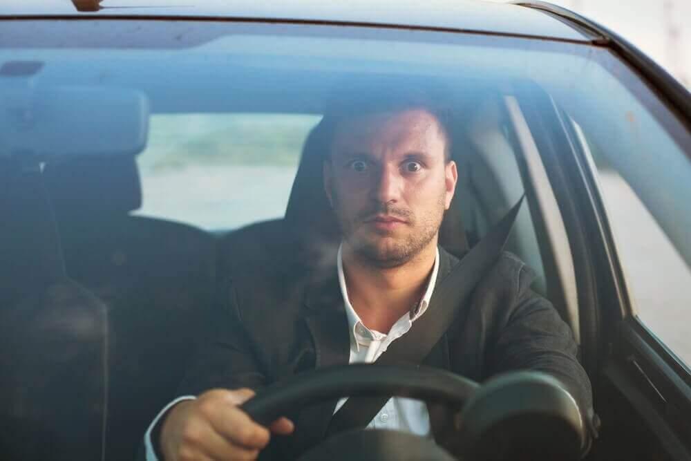운전 공포증의 원인을 이해하면 이겨낼 수 있다