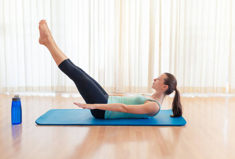 정맥류에 좋은 자연 요법: 외용 및 내복 요법 운동