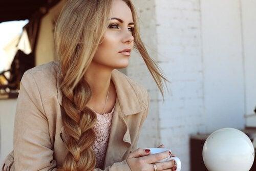 건강하고 긴 모발을 위한 4가지 비법