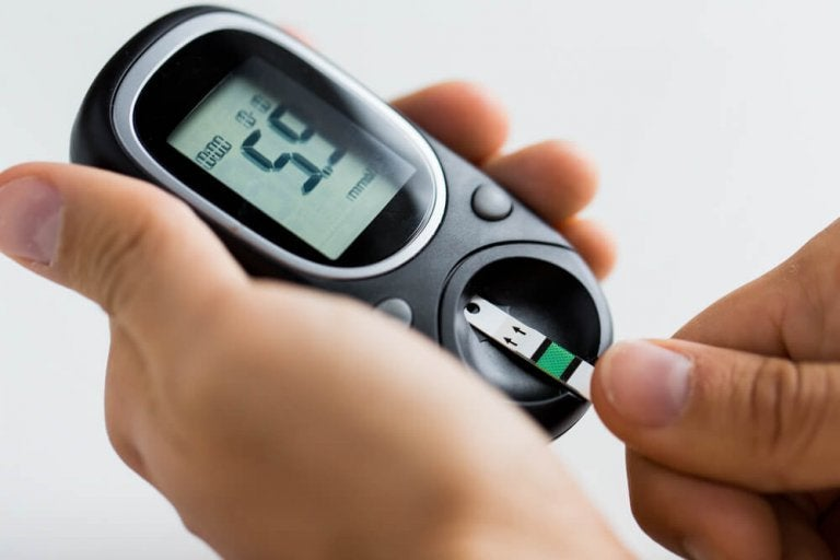 높은 혈당 수치를 조절하는 7가지 방법