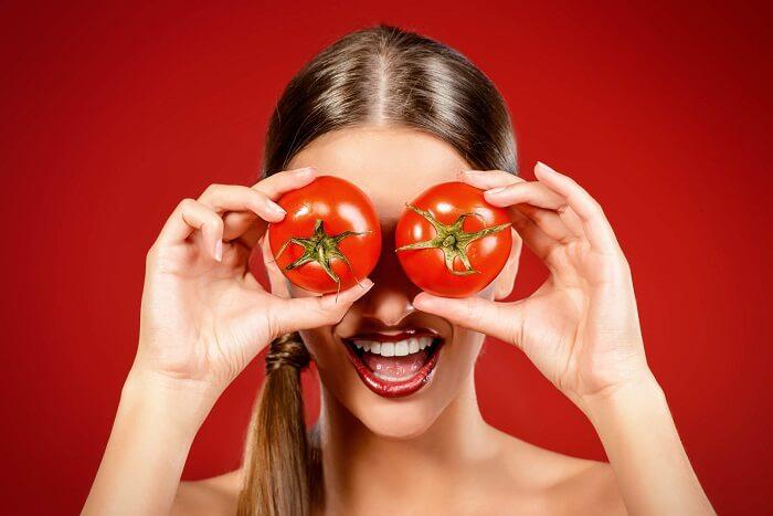 빛나는 피부를 토마토