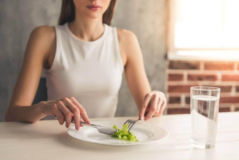 탈모를 유발하는 좋지 못한 식습관