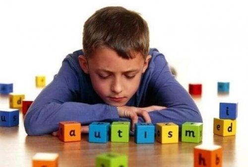 자폐의 가장 흔한 징후 5가지