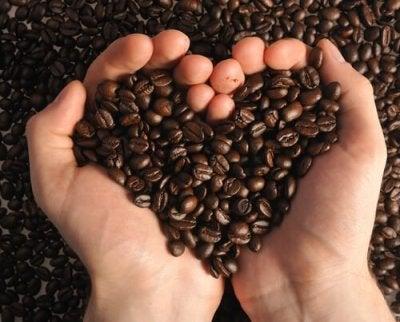 블랙헤드를 깨끗이 커피