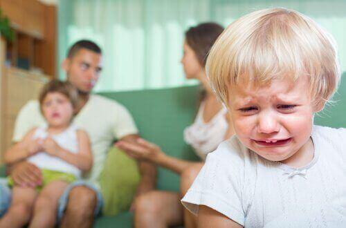 아이 앞에서 하는 부부 싸움이 낳는 결과