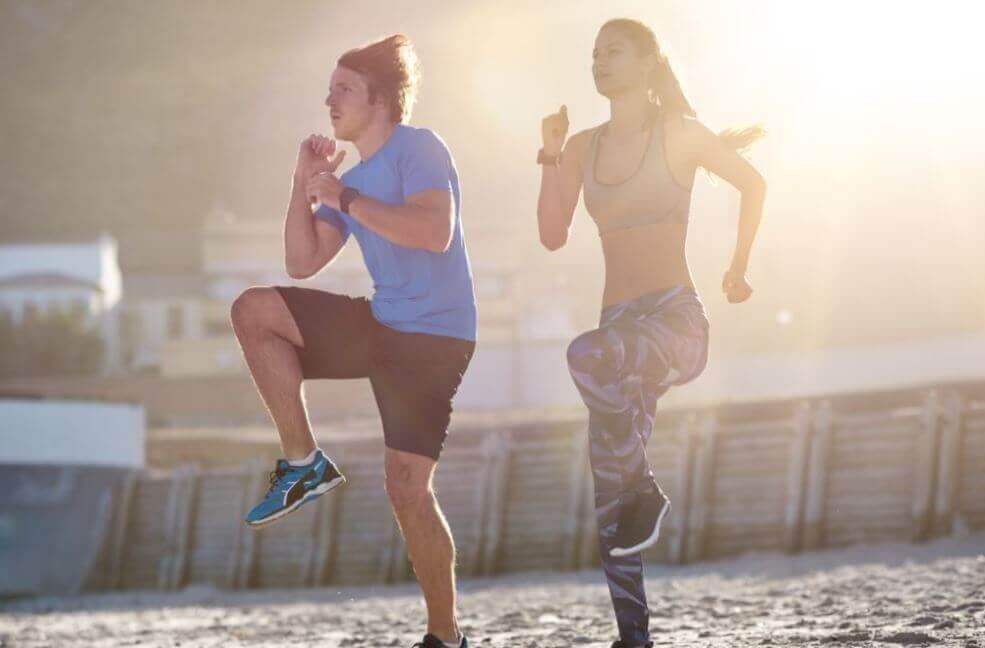 집에서 할 수 있는 유산소 운동 6가지 점프