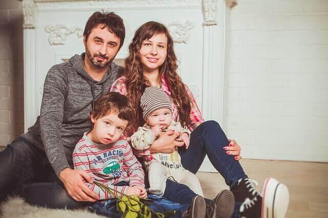 꼭 찍어야 하는 아기 사진 7가지 가족사진