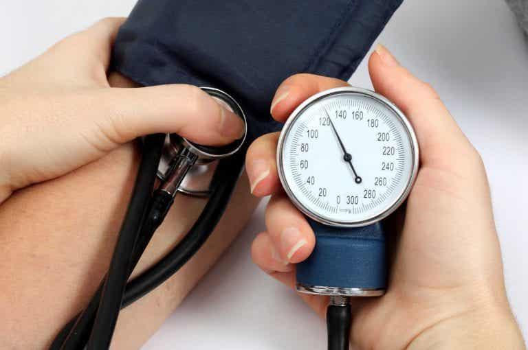 고혈압을 위한 5가지 자연 치유법