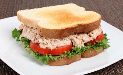 맛있는 참치 샌드위치 레시피