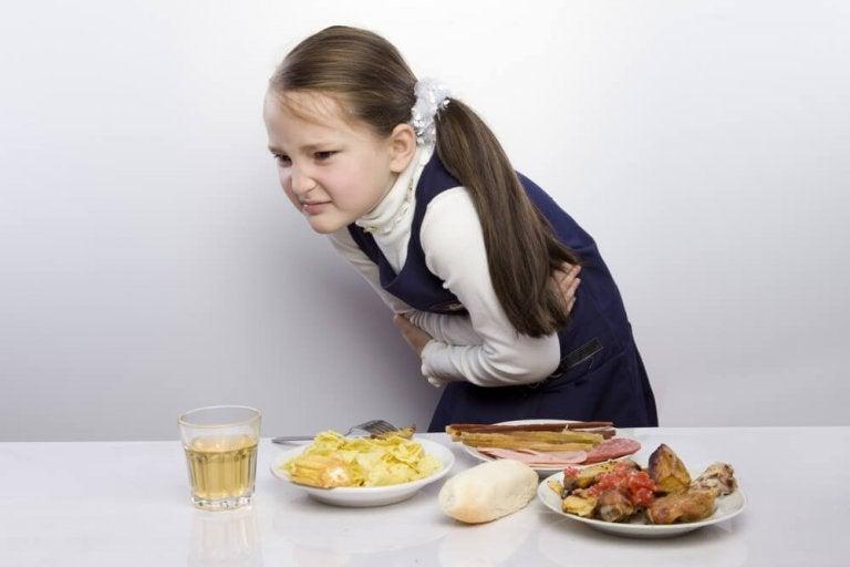 어린이 맹장염의 가장 흔한 증상