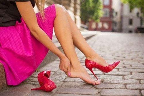새로 산 신발의 공격을 피하는 방법