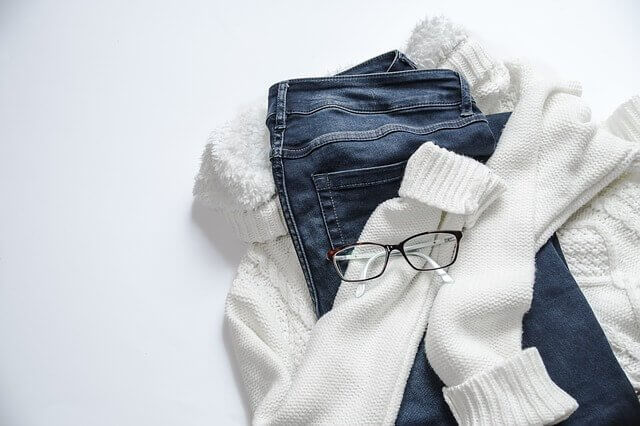 옷장에 구비하고 있어야 하는 5가지 의상 외출복