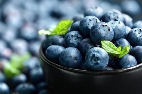 폐 건강을 개선하는 7가지 식품 블루베리