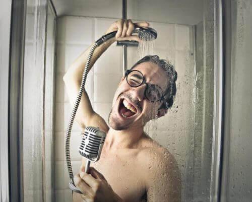 샤워할 때 저지르는 5가지 흔한 실수